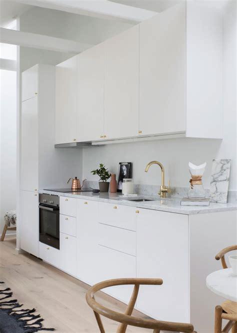 hotte de cuisine tiroir la hotte aspirante est invisible cachée dans le meuble cuisine