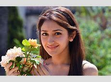Sayesha Saigal Telugu Actress Wallpapers HD Wallpapers