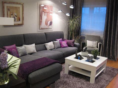 decoracion de casas gris  morado  usar como base de