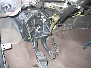 Butee Pedale Embrayage Clio 2 : remplacement de la p dale d 39 embrayage sur clio 1 resolu renault m canique lectronique ~ Gottalentnigeria.com Avis de Voitures
