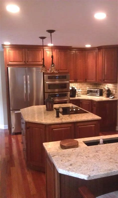 Kitchen cabinet with two Islands, Homecrest cabinets