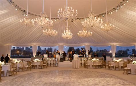 outdoor chicago wedding venues northerly island chicago