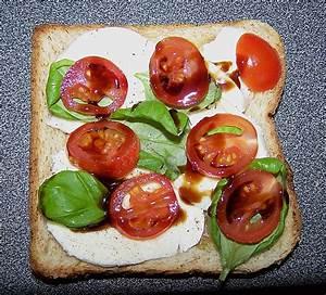 Tomate Mozzarella Rezept : tomate mozzarella sandwich rezept mit bild von ~ Lizthompson.info Haus und Dekorationen