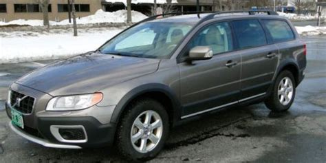 tire pressure monitoring 2010 volvo xc70 interior lighting purchase used 2008 volvo xc70 3 2 wagon 4 door 3 2l in barnard vermont united states for us