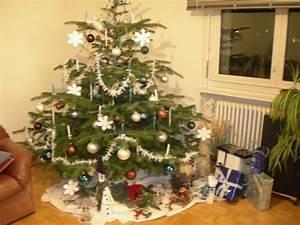 Lichterkette Weihnachtsbaum Anbringen : wie schm ckt ihr eure weihnachtsb ume freizeitvergn gen forum ~ Markanthonyermac.com Haus und Dekorationen