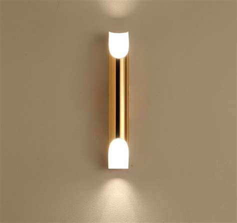 wall light b30