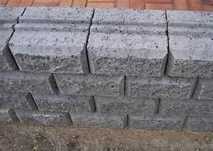 Mauersteine Beton Hohlkammersteine : beton mauersteine bossiert grau ~ Frokenaadalensverden.com Haus und Dekorationen
