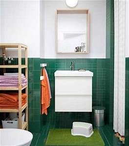 Etagere En Bois Salle De Bain : d co bois brute tag re petite salle de bain ~ Teatrodelosmanantiales.com Idées de Décoration