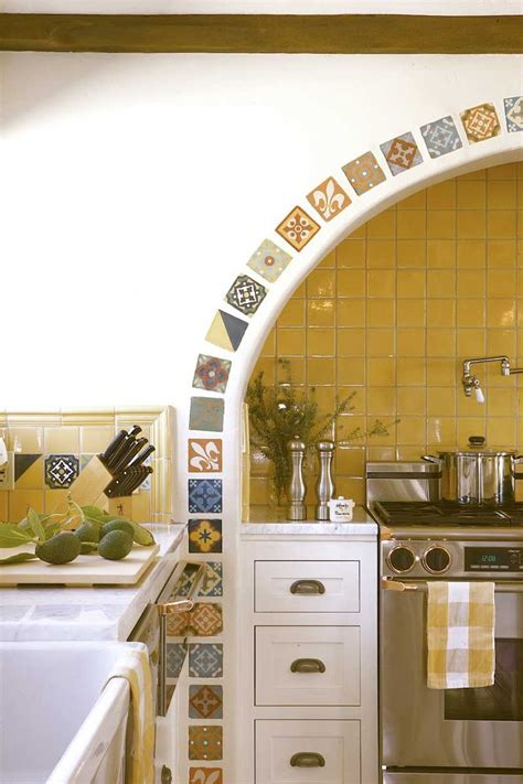 yellow kitchen wall tiles mexican style tile archways summer 2009 world white 1695