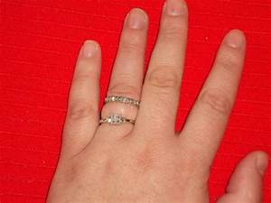 Got my wedding bandtried it ondoesnt fit my finger for Wedding ring fitters
