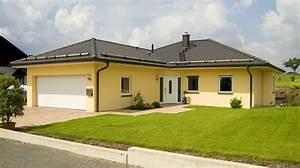 Fertighaus Mit Grundstück Kaufen : winkelbungalow mit angebauter doppelgarage ~ Lizthompson.info Haus und Dekorationen
