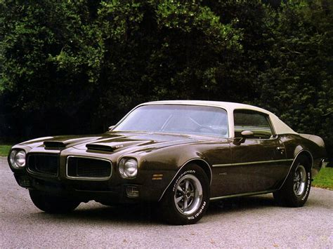 Early 70's Pontiac Firebird- Definitely The Better Looking