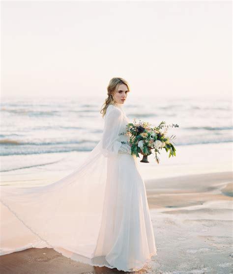 long sleeved wedding dresses  graceful styles