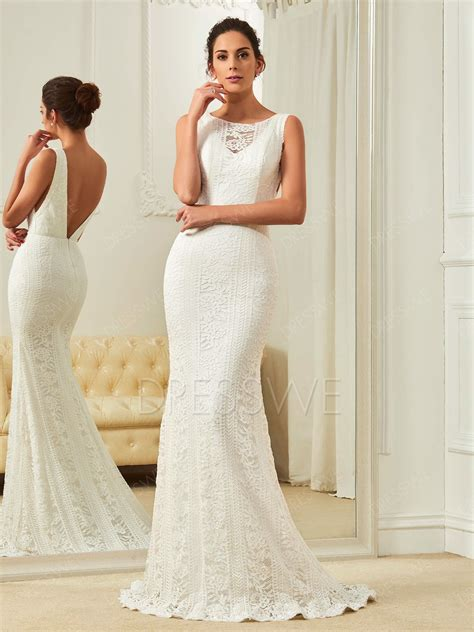 Modern Scoop Neck Open Back Lace Mermaid Wedding Dress
