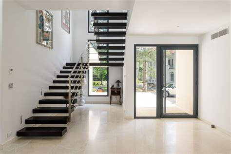 double escalier epure dans une villa  saint etienne par