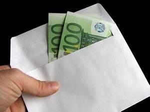 Chi tra inquilino e proprietario deve pagare le spese per il compenso dell'amministratore di