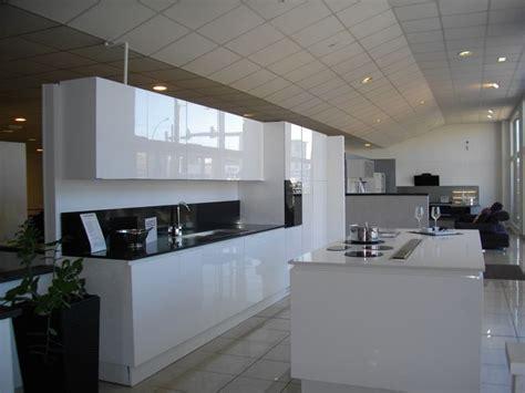 cuisine blanc laque cuisine laque elements bas city meuble four l 60 cm