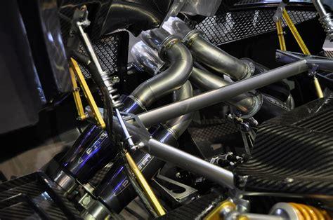 pagani engine detailed pictures pagani huayra unveiled at geneva motor
