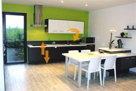 cuisine electrique aménagement cuisine hauteur variable pour personne handicapée pmr et senior amrconcept