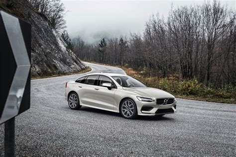 Volvo S60 2019 by 2019 Volvo S60 Should Look Like New V60 S Less Versatile