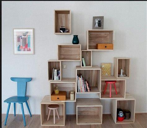 boekenkast kinderkamer interieur houten kist