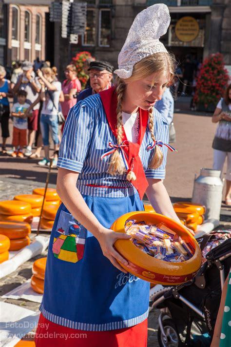 fotodelray cheese market  gouda goudse kaasmarkt