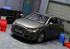 Audi A1 Garage : audi a1 diecast model car 1 32 grey diorama miniature garage accessory set f1 24 ebay diy ~ Gottalentnigeria.com Avis de Voitures