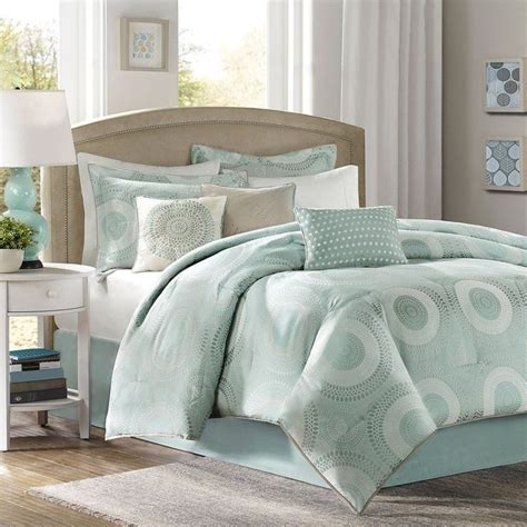 1000 ideas about green comforter green bedding bedroom interior design and