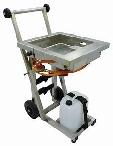 Serfeu (flame generator + trolley-mounted tank)