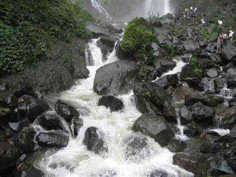 foto air terjun tawangmangu tempat wisata foto gambar