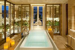 Luxury 3-week trip takes in 10 of the world's most ...