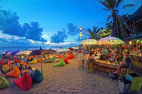 pantai double  bali tempat wisata   happening