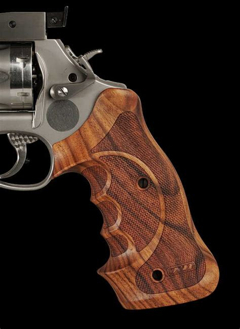 karl nill massgriffe special grips  revolvers