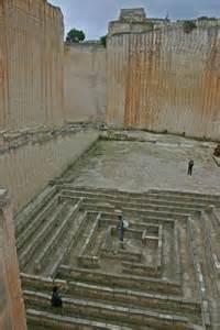 Ancient Labyrinth Maze