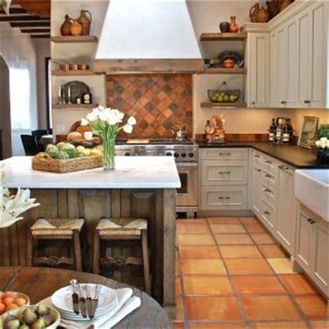 terracotta backsplash kitchen 17 best ideas about mexican tile floors on 2694