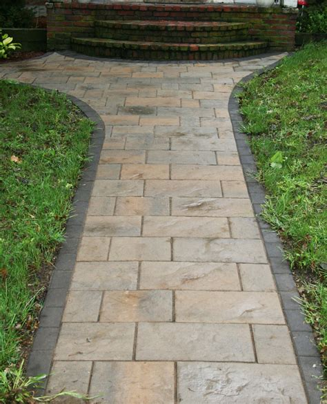 front walkway design artistic landscapes com blog 187 danvers ma front walkway with techo bloc pavers