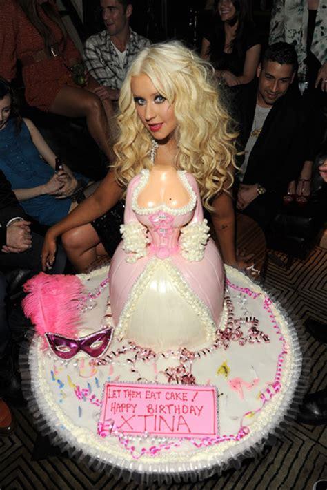 celebrity birthday cakes photo