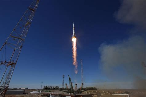 Russia holds 2 new space launches - Geospatial World