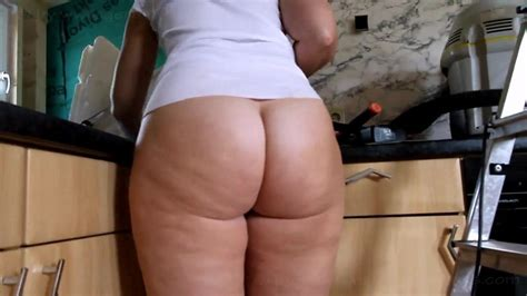 Fat Ass Pawg Cleaning The Kitchen Bottomless Free Porn 10