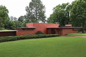 5 Must-See Frank Lloyd Wright Buildings in the South