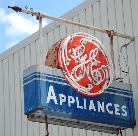 general electric kühlschrank american companies that are no longer american business insider