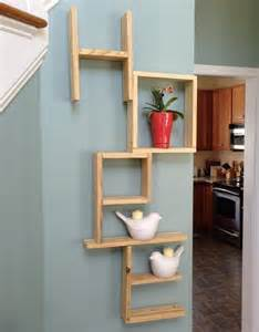 DIY Pallet Wall Shelf