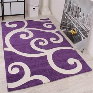teppich violett haus ideen With balkon teppich mit barock tapete violett