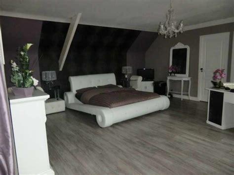 chambre violet et noir chambre violet taupe design de maison