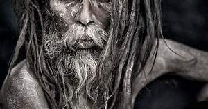 Pics For > Aghori Baba Eating Human Body | AGHORI ...
