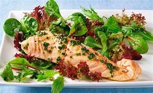 Salat Mit Geräuchertem Lachs : gemischter salat mit lachs und kr uter w rz l rezept tegut ~ Orissabook.com Haus und Dekorationen