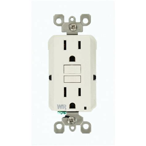 leviton  amp decora  port usb charger combo outlet