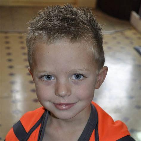 popular  boy haircuts add charm