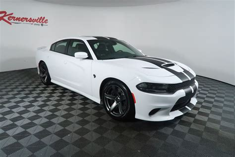 The Auto Weekly / New 2018 Dodge Charger SRT Hellcat