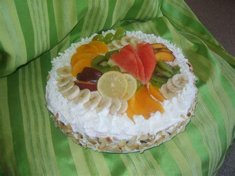 gateaux genoise aux fruits